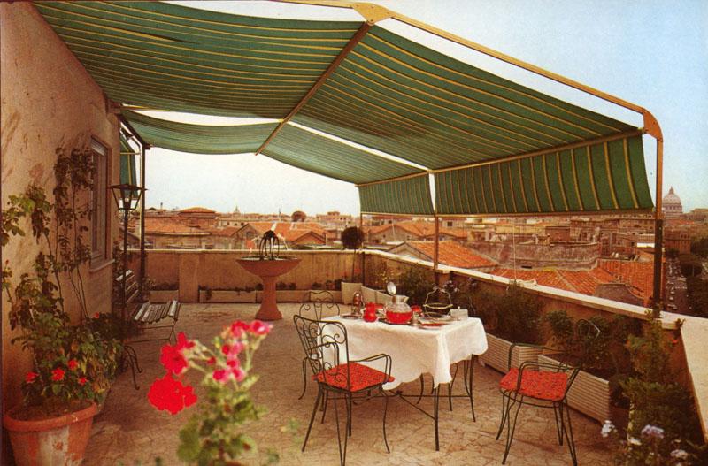 Vendita e installazione tende da terrazzo a Roma